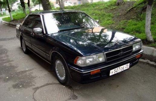 Nissan Gloria 1990 - отзыв владельца