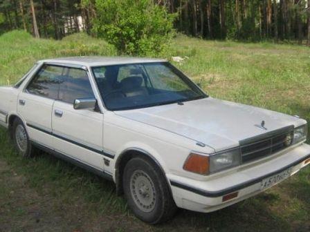 Nissan Gloria 1985 - отзыв владельца