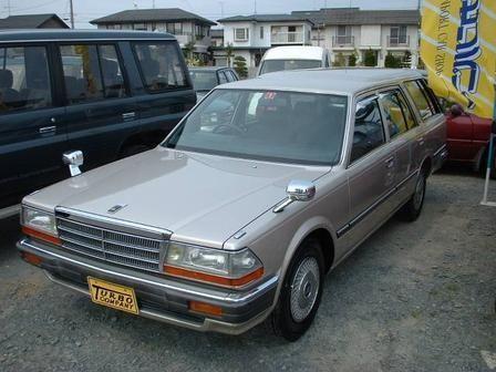 Nissan Gloria 1988 - отзыв владельца