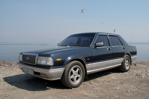 Nissan Gloria 1995 - отзыв владельца