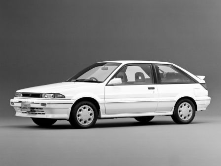 Nissan Langley 1986 - отзыв владельца