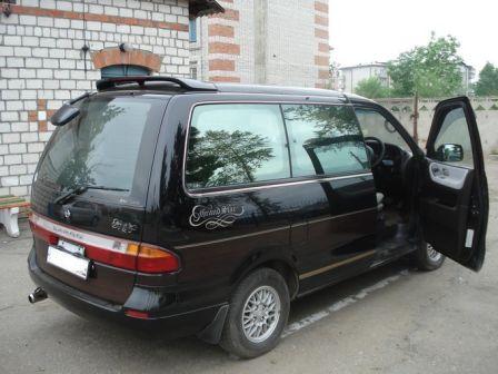 Nissan Largo 1997 - отзыв владельца