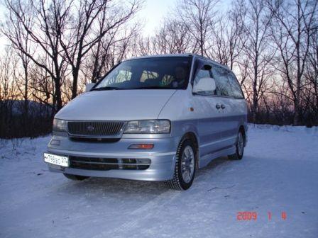 Nissan Largo 1998 - отзыв владельца