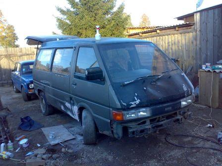 Nissan Largo 1990 - отзыв владельца