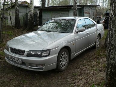 Nissan Laurel, 1999