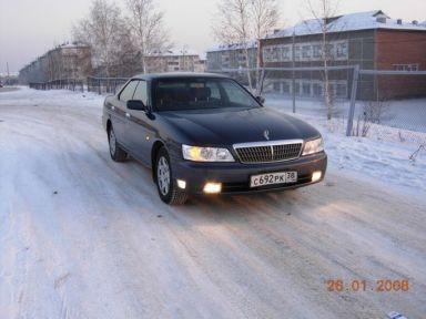 Nissan Laurel, 2000