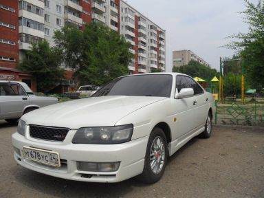 Nissan Laurel, 2000
