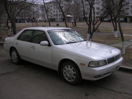 Nissan Laurel 1997 - отзыв владельца
