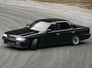 Nissan Laurel 1989 - отзыв владельца