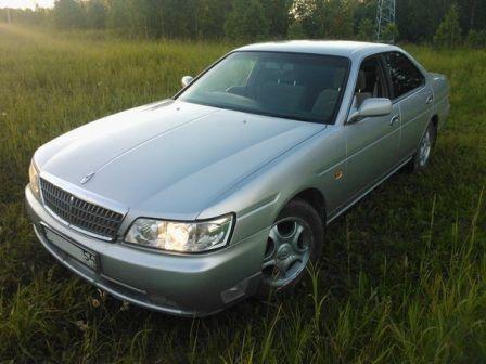 Nissan Laurel 2002 - отзыв владельца