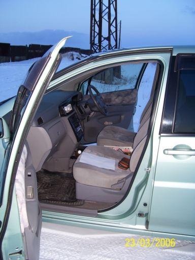Nissan Liberty 1999 отзыв автора | Дата публикации 14.12.2006.