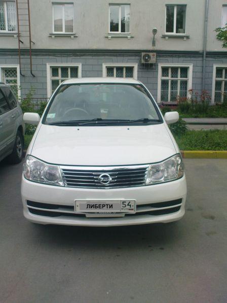 Nissan Liberty 2010 - отзыв владельца