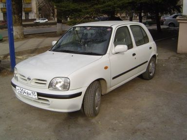 Nissan March, 2000