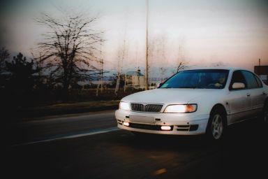 Nissan Maxima, 1996