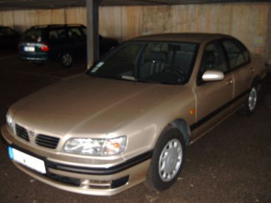 Nissan Maxima, 1995