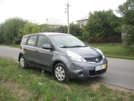 Nissan Note 2010 - отзыв владельца
