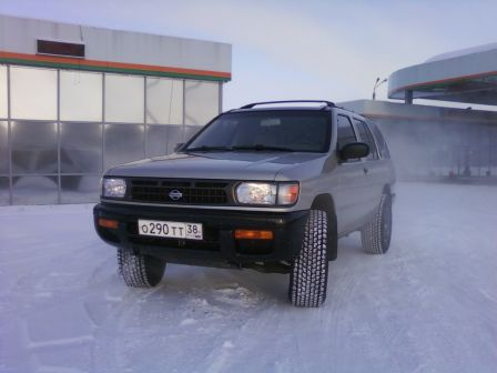Nissan Pathfinder 1996 - отзыв владельца