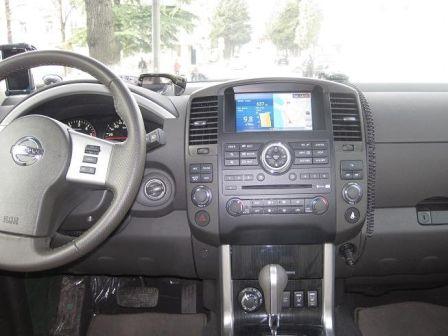 Nissan Pathfinder  - отзыв владельца