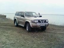 Nissan Patrol, 2001