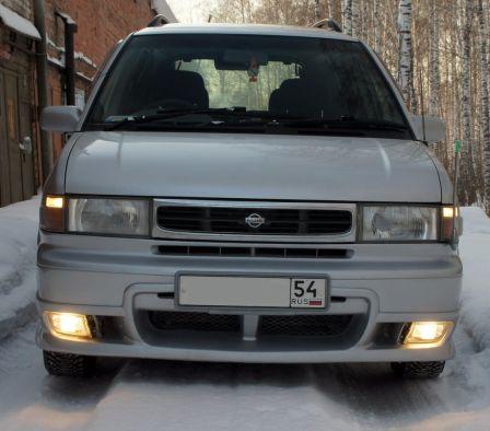 Nissan Prairie Joy 1998 - отзыв владельца