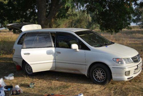 Nissan Presage 1999 - отзыв владельца