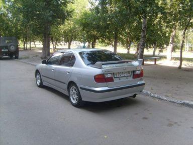 Nissan Primera, 1998
