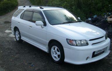 Nissan R