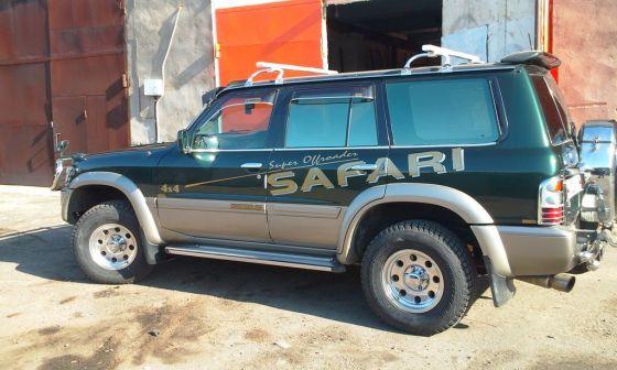 Nissan Safari 1998 - отзыв владельца