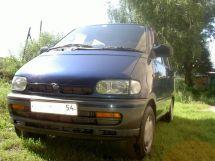 Nissan Serena, 1992
