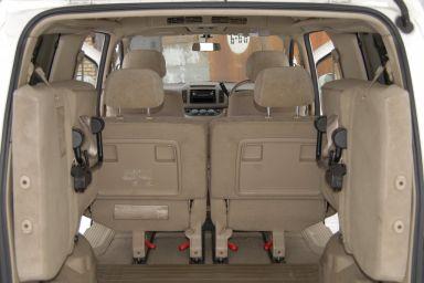 Nissan Serena, 2004