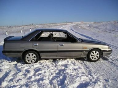 Nissan Skyline 1988 отзыв автора | Дата публикации 24.01.2007.