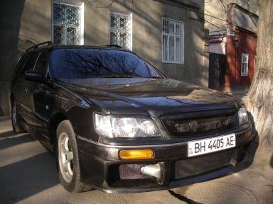 Nissan Stagea, 1998