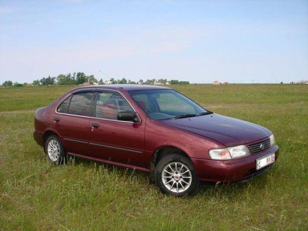 Nissan Sunny 1995 - отзыв владельца