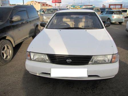 Nissan Sunny 1996 - отзыв владельца