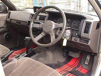 Nissan Terrano, 1988
