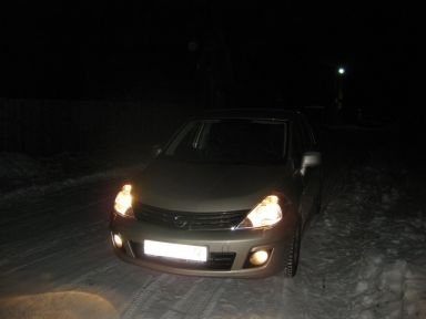 Nissan Tiida 2011 отзыв автора | Дата публикации 18.01.2012.