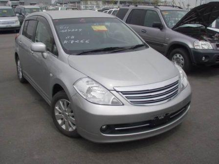 Nissan Tiida 2005 - отзыв владельца