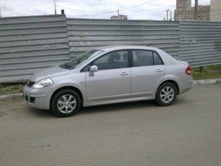 Nissan Tiida 2010 - отзыв владельца