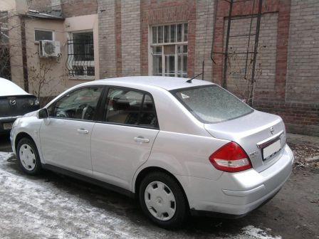 Nissan Tiida 2008 - отзыв владельца