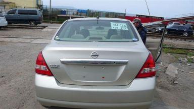 Nissan Tiida Latio 2005 отзыв автора | Дата публикации 20.06.2008.