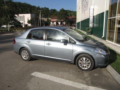 Nissan Tiida Latio 2005 отзыв автора | Дата публикации 12.08.2010.