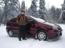 Nissan Tino, 2002