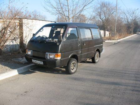 Nissan Vanette 1993 - отзыв владельца