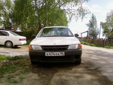 Nissan Wingroad, 2000