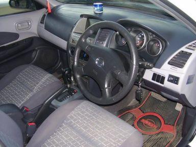 Nissan Wingroad, 2002