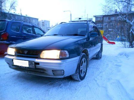 Nissan Wingroad 1996 - отзыв владельца
