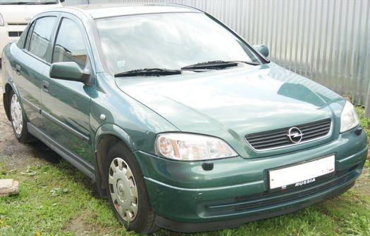 Opel Astra 2003 - отзыв владельца