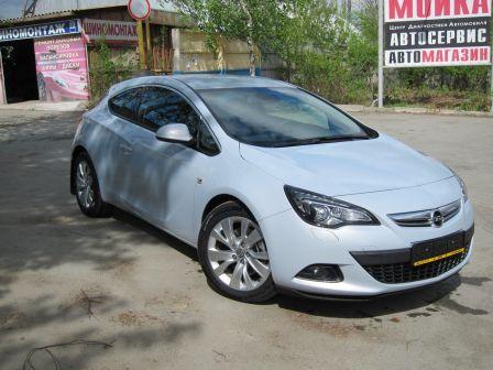Opel Astra GTC 2012 - отзыв владельца