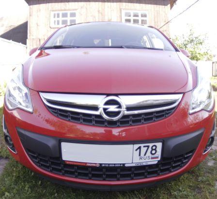 Opel Corsa 2011 - отзыв владельца