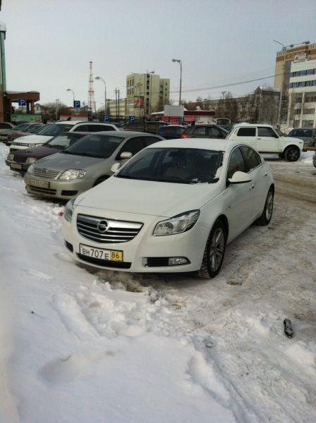 Opel Insignia 2011 - отзыв владельца